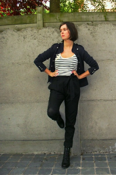 black pants - white top - blue jacket - black boots