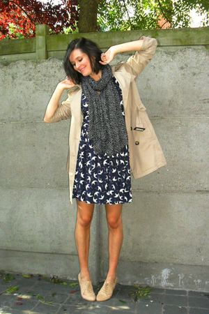 black scarf - beige shoes - blue dress - beige coat