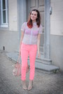 Salmon-pants-light-pink-blouse