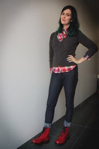 gray sweater - red boots - navy pants