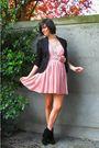 Pink-dress-black-blazer-black-boots-silver-necklace