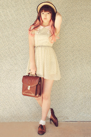 brown vintage bag - cream La La Magic dress - cream Tutuanna socks