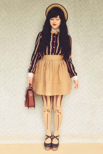 brown vintage bag - black Chicory shoes - beige wholesale hat