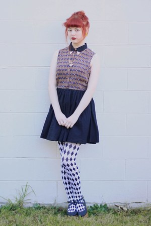brown thrifted dress - white Little Pineneedle tights