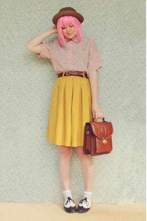 mustard vintage skirt - black Yesstyle shoes