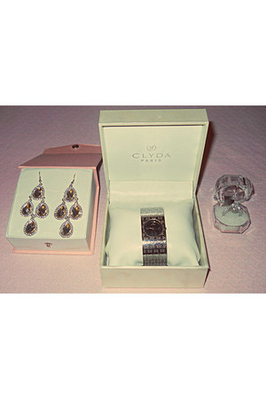 clyda watch - bb collection ring - bb collection earrings
