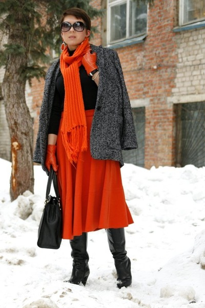 charcoal gray Mango coat - carrot orange asos skirt