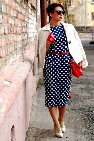 red Zara bag - navy polka dot asoscom dress - red Accessorize gloves