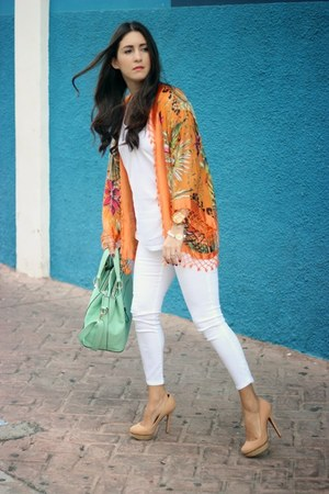 carrot orange vintage vest - white Zara jeans - aquamarine Shoedazzle bag