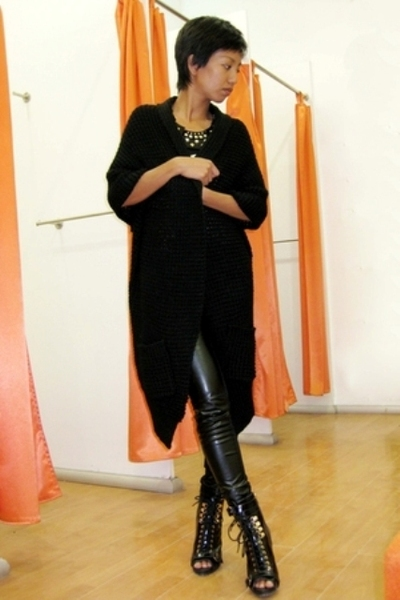 black Motivi coat - black Mango shirt - black Mango pants - black Topshop boots