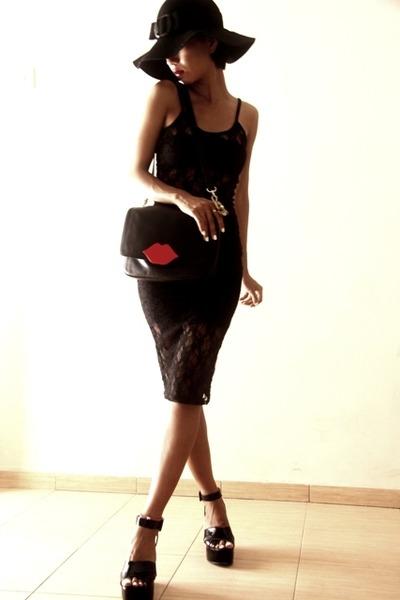 black floppy Guess hat - black lace dress Topshop - black tube top Mango