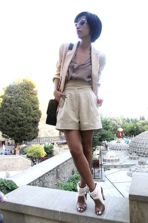 Zara shirt - black MangoTopshopRiver Island shoes - Prada sunglasses