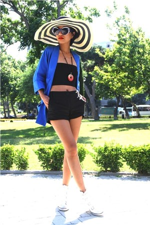 blue vintage blazer - white wedges sneakers ASH shoes - cream asoscom hat