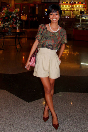 beige high waisted Michael Kors shorts - brown kitten heels shoes - Accessorize