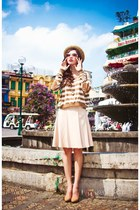 eggshell skirt - beige hat - dark brown blouse