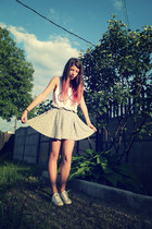pull&bear skirt - Converse shoes