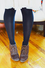 Dark-brown-animal-print-old-navy-boots-neutral-h-m-skirt