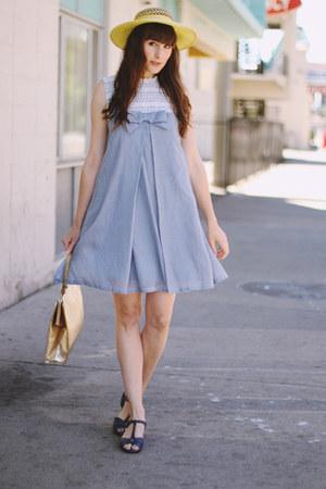 vintage dress - vintage hat - vintage bag - vintage sandals