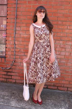 vintage dress - vintage bag - Anthropologie sunglasses - thrifted flats