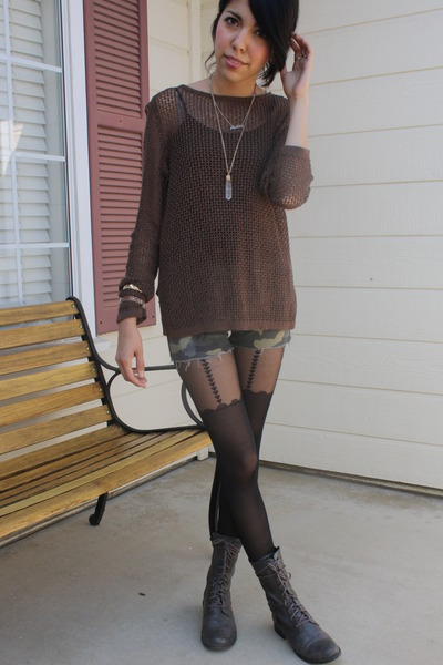 black tights gray lace up boots brown sweaters