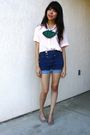 Pink-thrifted-blouse-blue-bdg-shorts-green-urban-renewal-thrifted-shoes