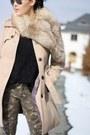 Black-chelsea-boots-asos-boots-camel-trenchcoat-primark-coat