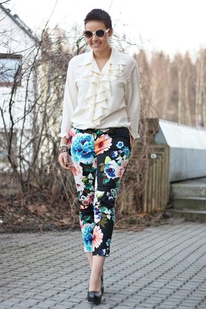 H&M pants - Primark wedges - vintage blouse - glasses