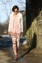 boucle yest blazer - Buffalo boots - floral print yest pants - vintage blouse