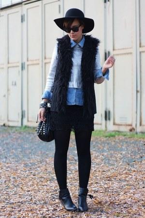 fur New Yorker vest - New Yorker boots - Deichmann hat - H&M shirt