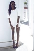 H&M sweatshirt - Zara shoes
