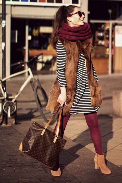 maroon Zara tights - tan Zara boots - white dress - maroon scarf