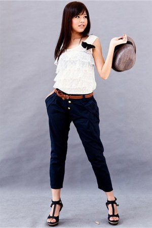 off white top - navy pants - black shoes - tawny belt - charcoal gray hat