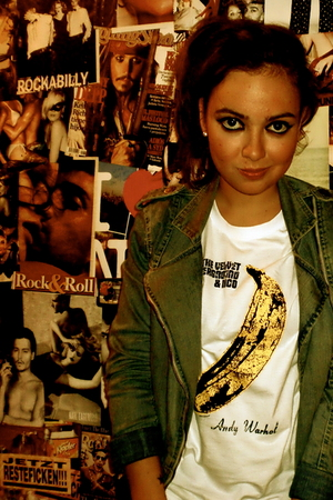 pull&bear jacket - vintage t-shirt