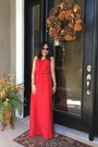 Red-maxi-dress-h-m-dress-aviator-ray-ban-glasses