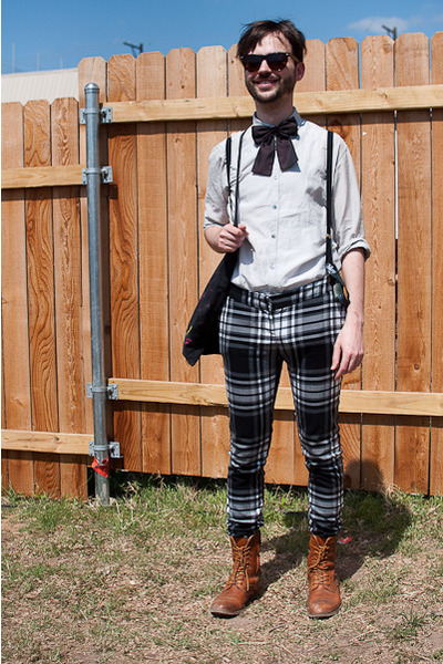 lace up vintage boots - vintage shirt - H&M tie - plaid pants