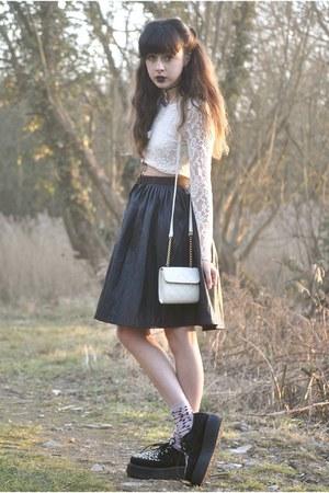 ivory Motel Rocks top - black Chicwish skirt - black ebay sneakers