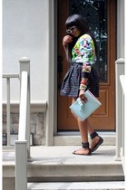 Celine bag - Dolce & Gabbana sunglasses - Gucci sandals