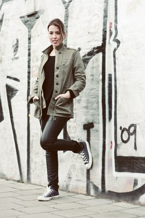 Converse sneakers - Zara jacket - H&M pants