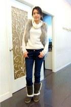 JL jeans jeans - JK boots - white sweater