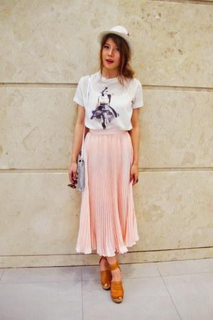 H&M bag - hat - Zara t-shirt - Sleeping Pills skirt - ring - H&M wedges