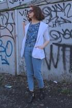 sky blue high waisted Topshop jeans - teal floral F21 MEN t-shirt