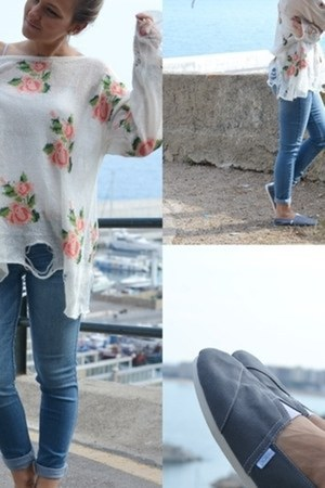 light blue hollister jeans - ivory Choies sweater - heather gray Paez loafers