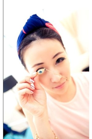 eye alloy necklace