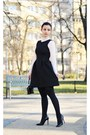Black-pull-bear-dress-black-zara-heels
