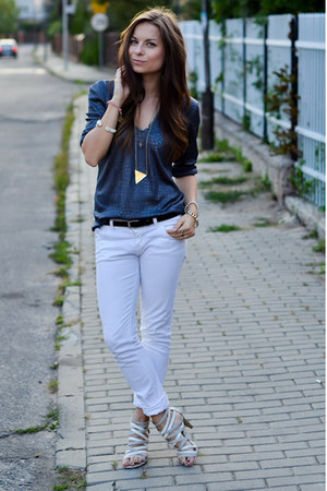 blue Secondhand blouse - white pull&bear pants - off white Zara heels