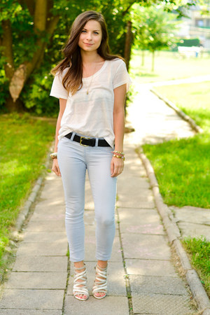 white H&amp;M t-shirt - silver Zara heels - sky blue Stradivarius pants