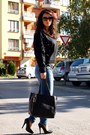 Premier-shoes-mango-jeans-romwecom-sweater-romwecom-bag