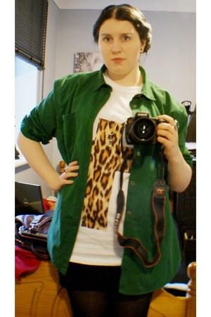forest green size large mens Burton shirt - white t-shirt - black H&M skirt