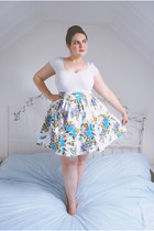 white floral H&M skirt - white basic Primark t-shirt