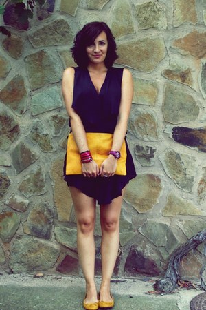black Zara dress - mustard leather bag Zara bag - mustard H&M flats